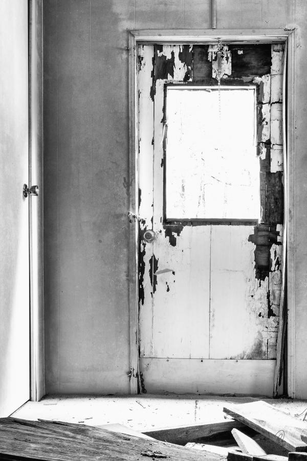 Rotting Door Rural Decay Structure 2.100